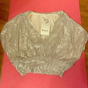 NWT Sequin Silver Top